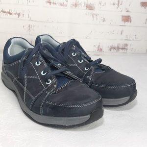 Ahnu Women's Blue  Leather Shoes Size 7.5
